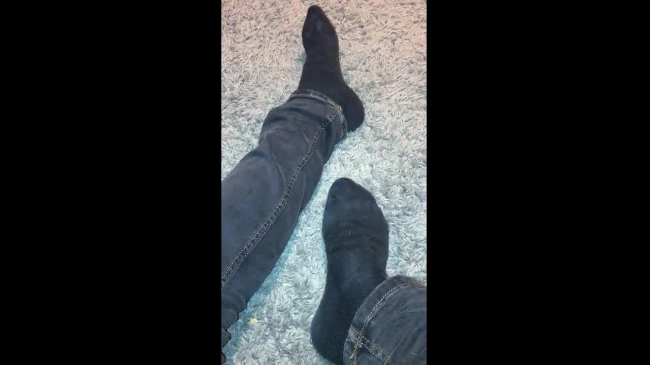 ULTIMATE foot wor$hip