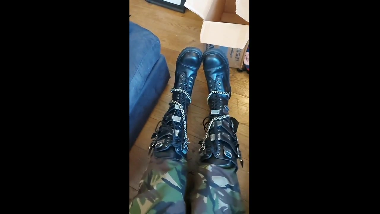 Some HUGE new FAG paid BOOTS 🤑🤑🤑