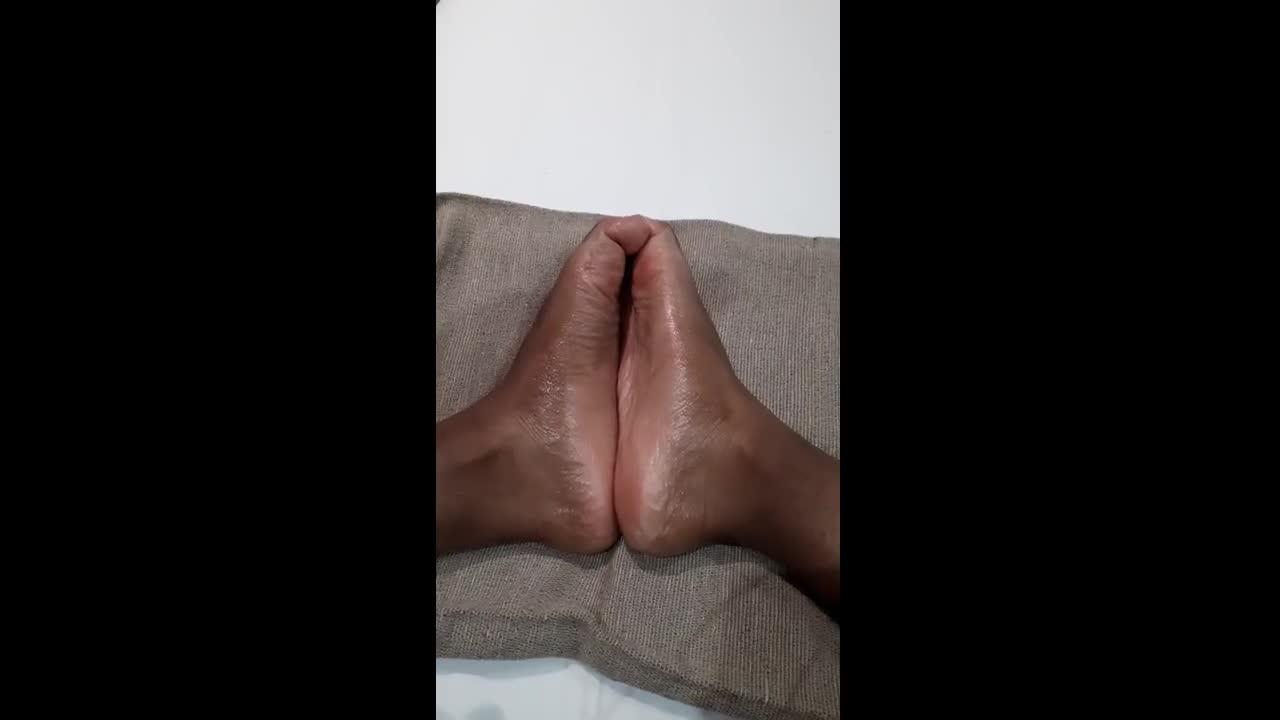 Worship my big oiled-up feet