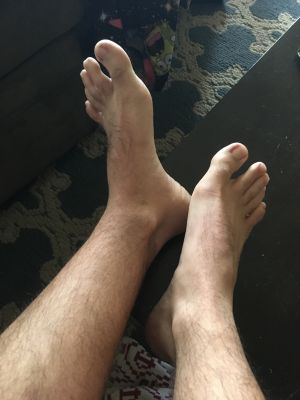A good slave shotld ve rubbing and sucking these bad boys rn