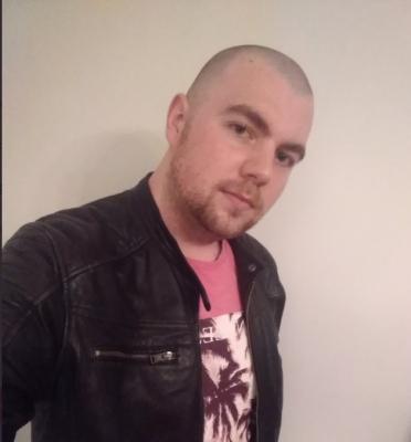 Freshly shaved head. How do I look as a skinhead ?