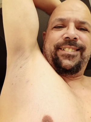 Which lucky fags wants to start licking master armpit. Start tipping now fags.