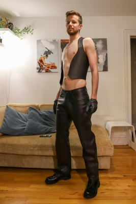 I need some faggots to buy me the rest of my leather gear.