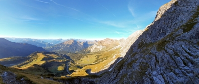 What is SwissMaster doing on a friday while you guys work? :D - Excactly enjoying the Alps awesome hiking tour with an outstanding view! :D What to make me even more happy...You know what day it is...pay your first tribute to me :D